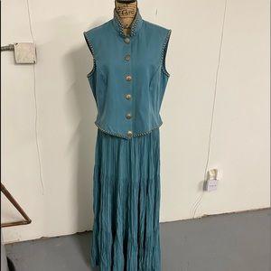 Double D Ranch 2-pc vest and broom skirt set SZ L